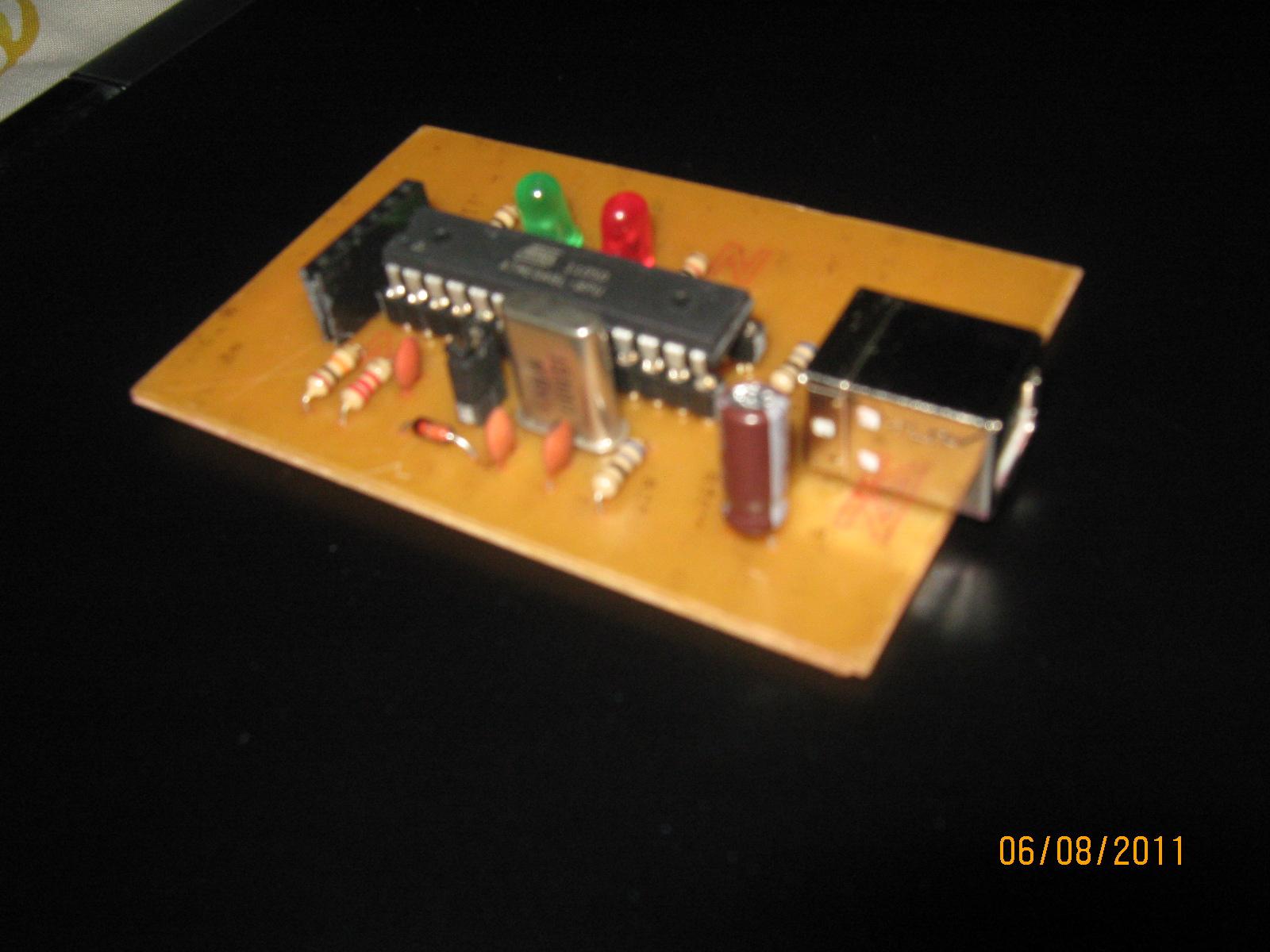 Atmel Avr Programmer Usbasp Modified Simplified Pcb Rabiuls Isp Circuit Schematic